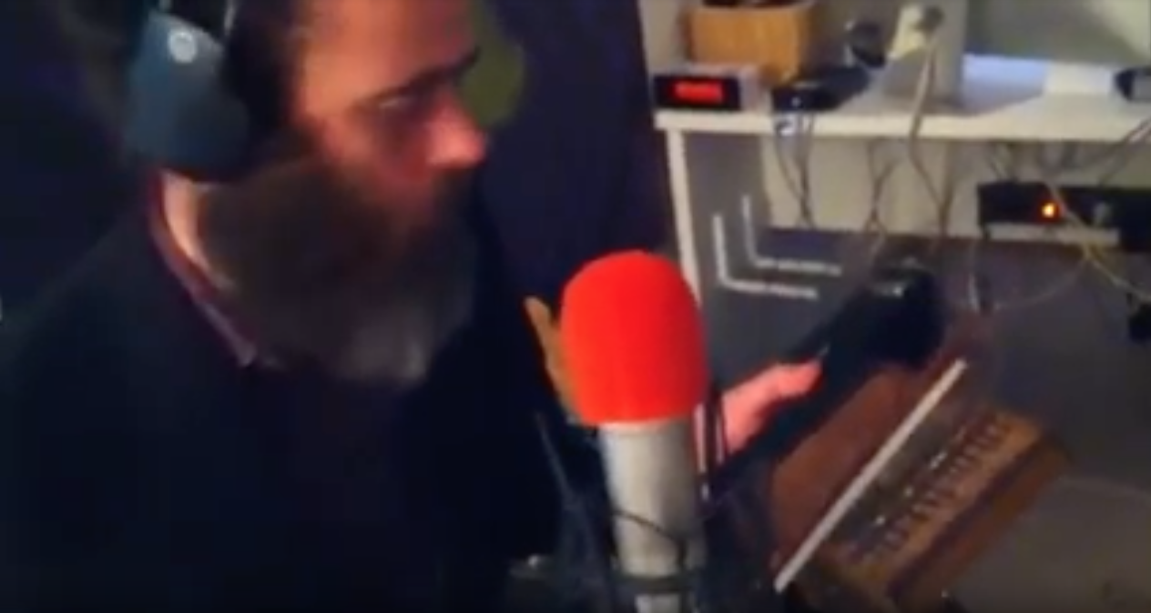 Vuelta otra vez - EEM Radio