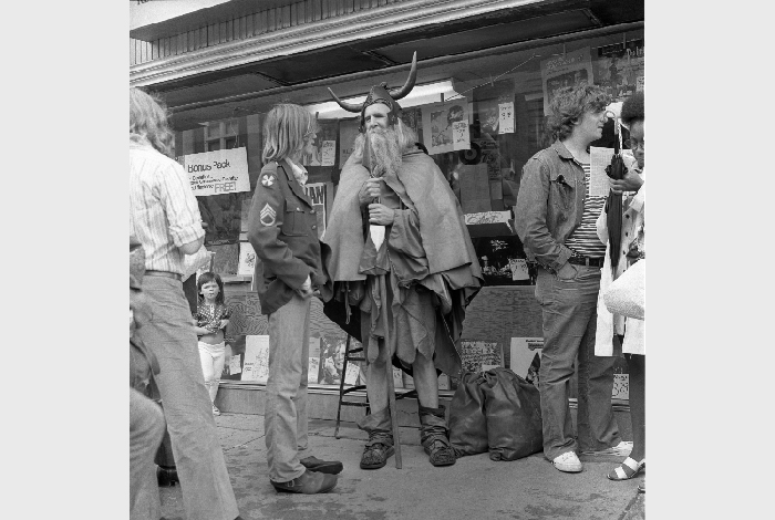 Moondog on the streets