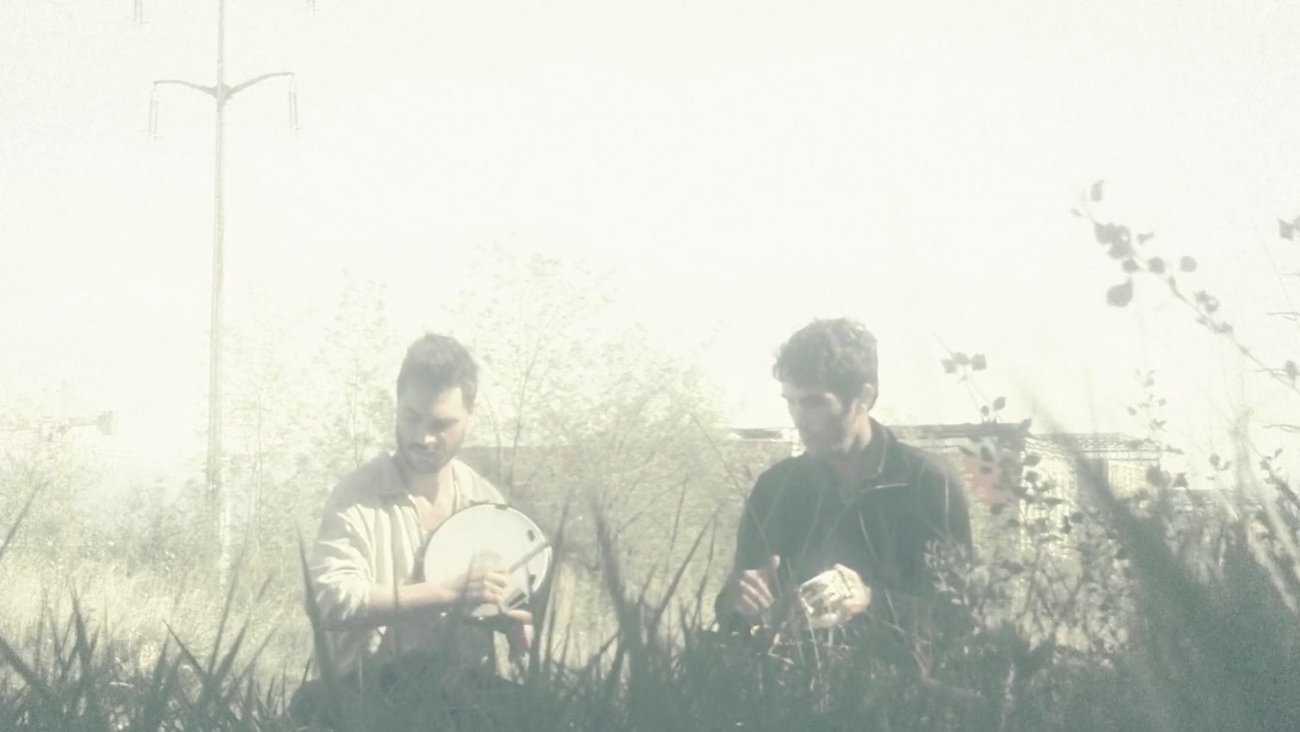 Lucas Ravinale & Loup Uberto - 'La biondina di Voghera'