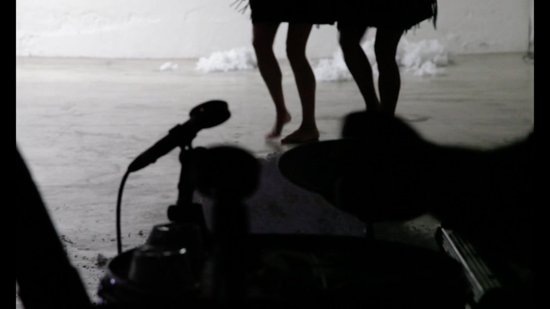 'Percussion et vielle à roue pour 'À l'Ouest'  - Chorégraphie Olivia Grandville'